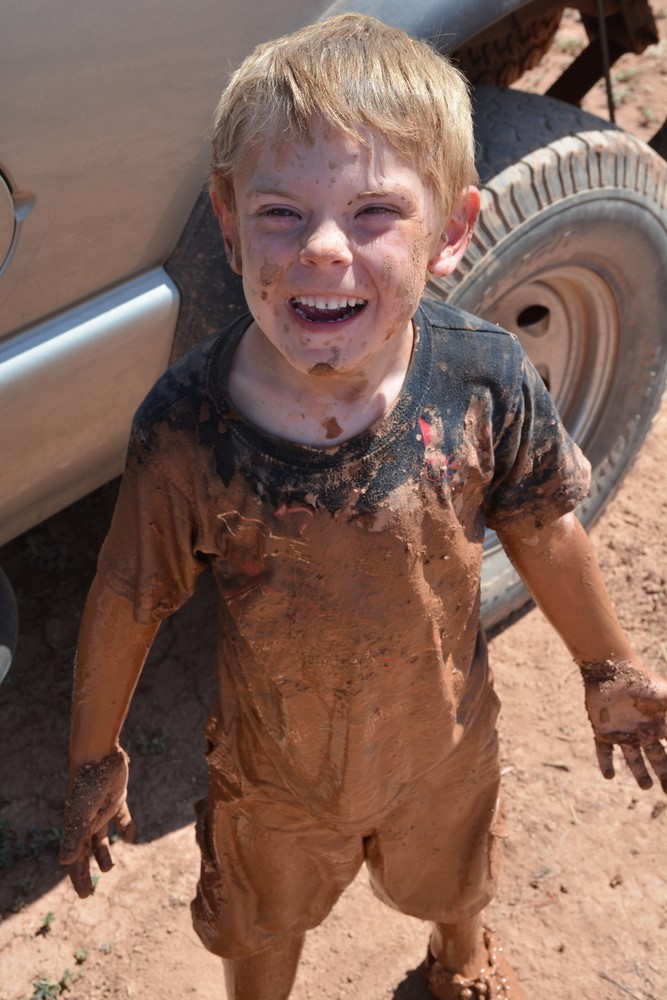 hurricane_mud_run_kid_photos21