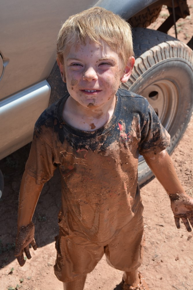 hurricane_mud_run_kid_photos22