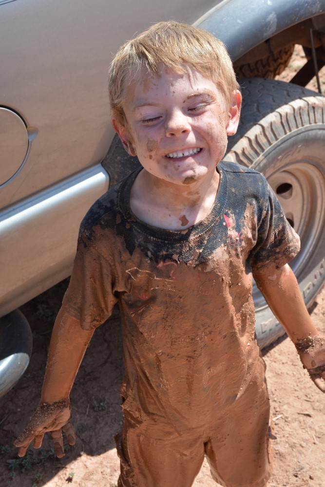 hurricane_mud_run_kid_photos25