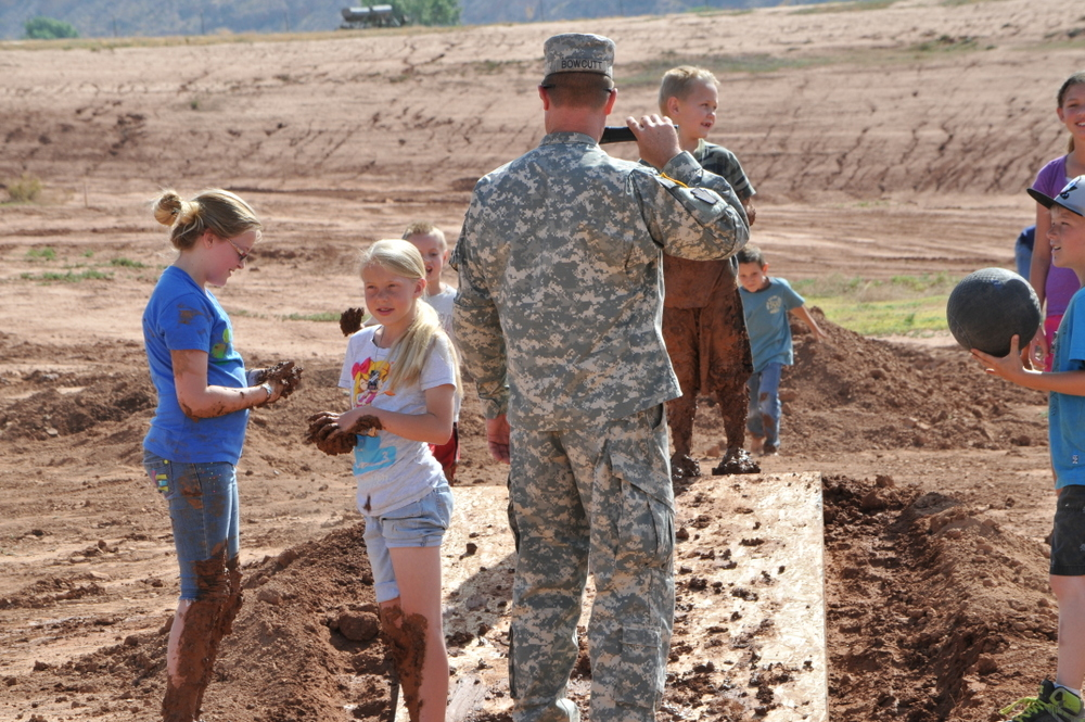 hurricane_mud_run_kid_photos3
