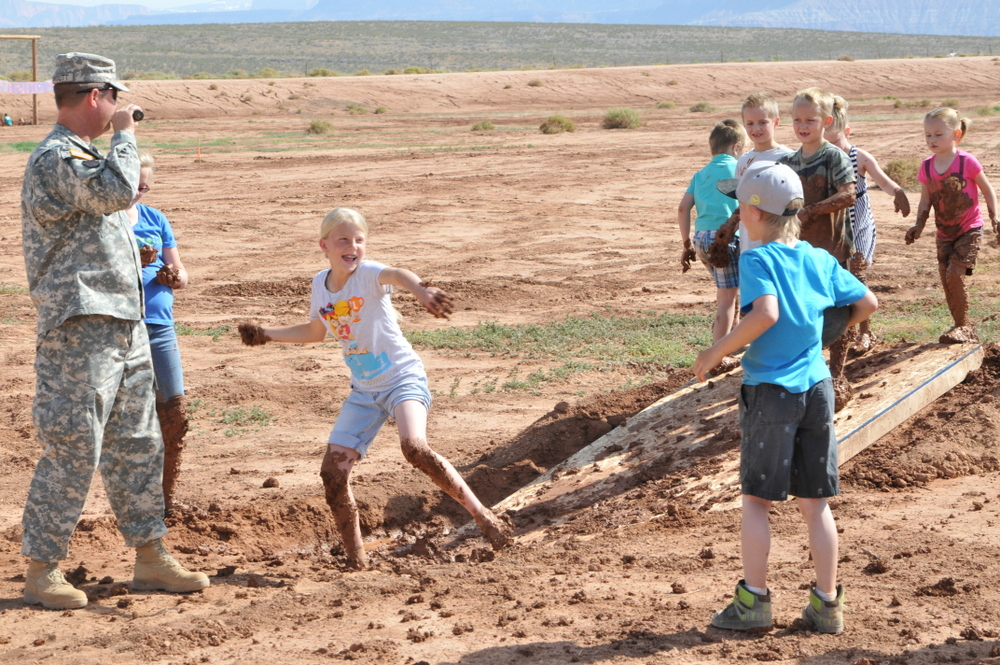 hurricane_mud_run_kid_photos7